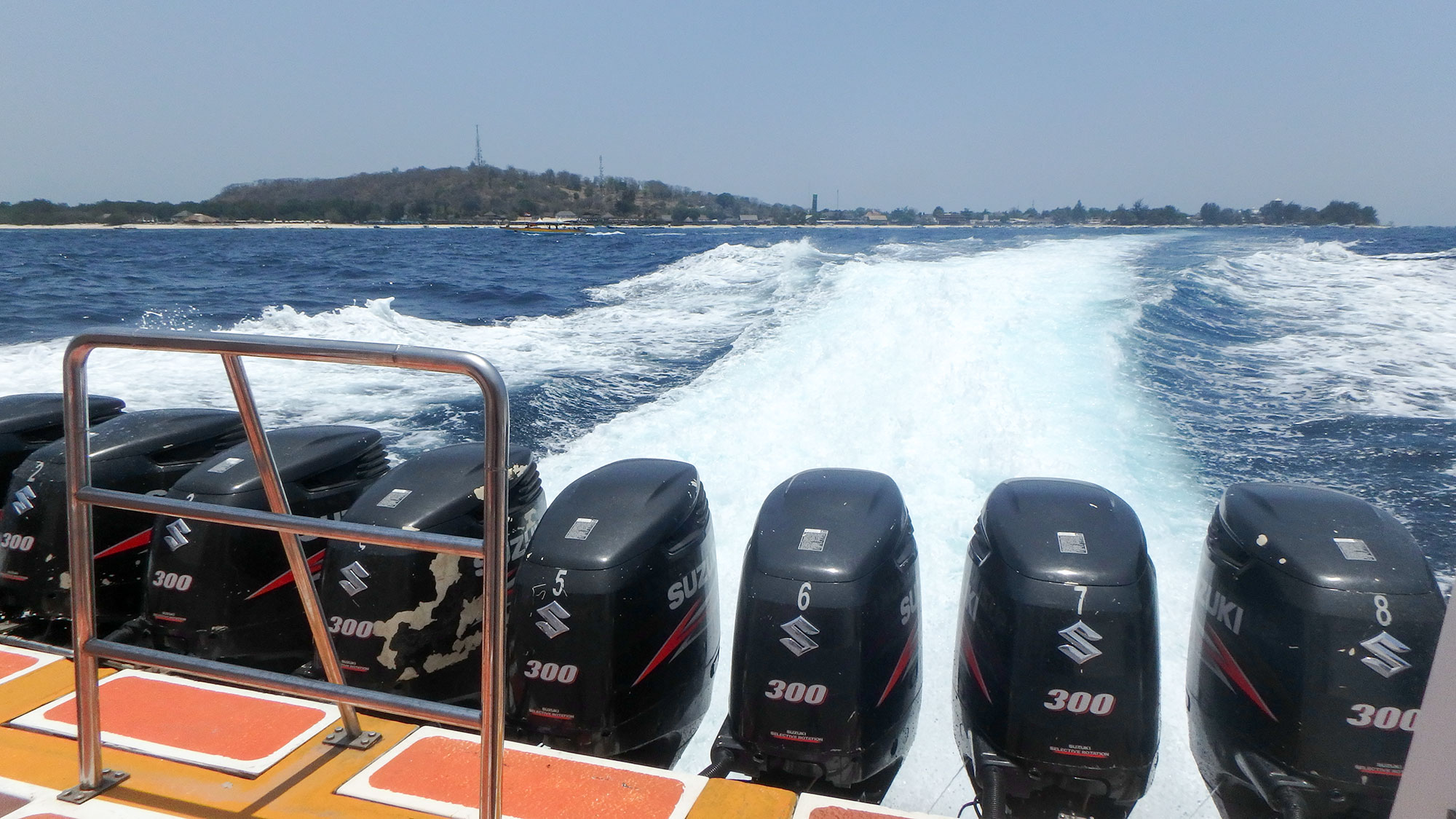 fast boat outboard engines
