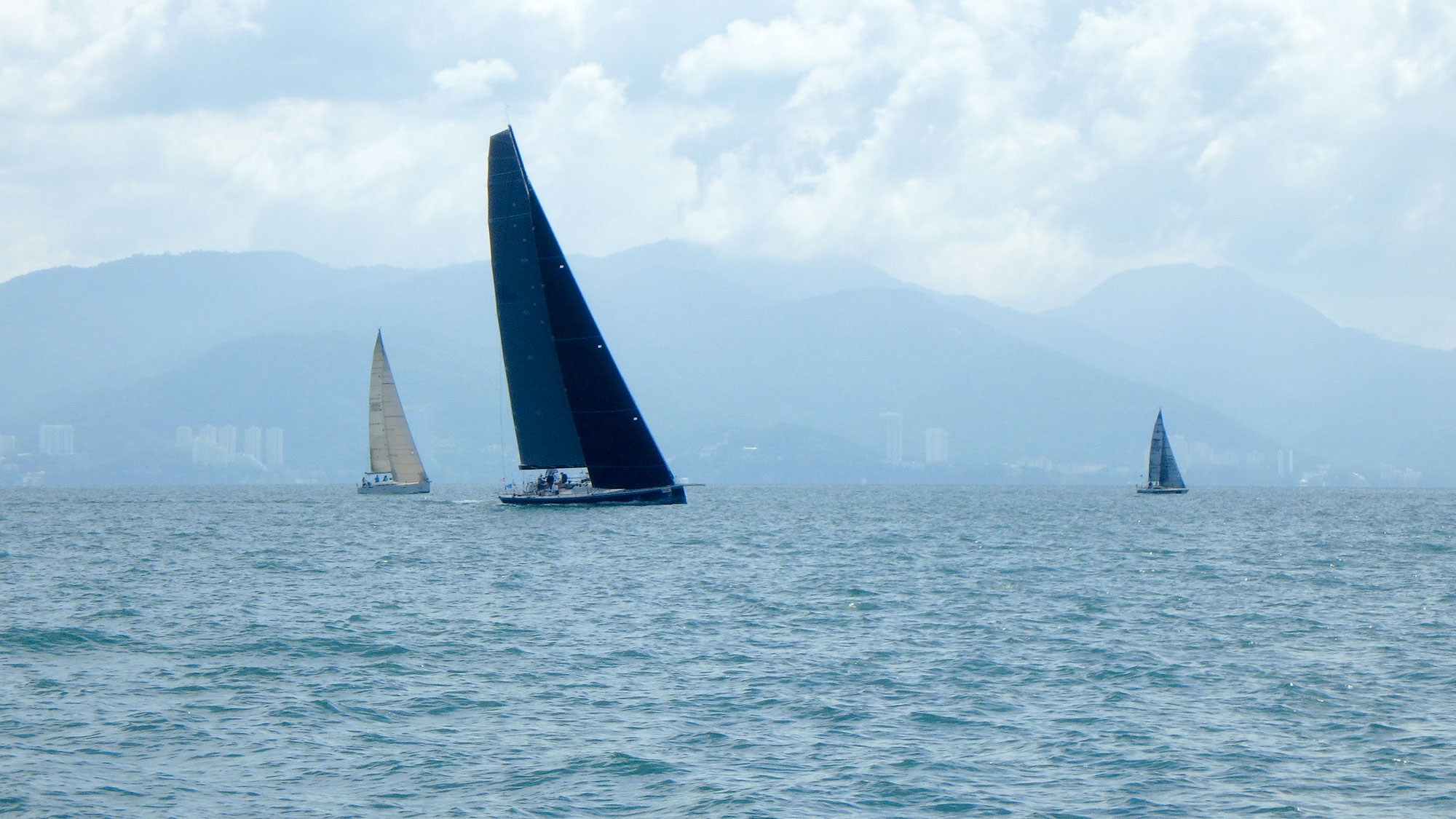 alive yachting